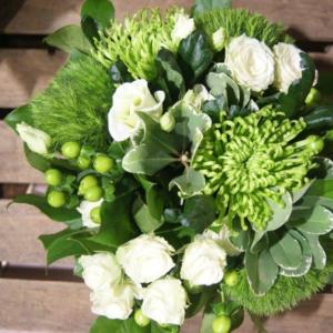 Bouquet de fleurs blanches