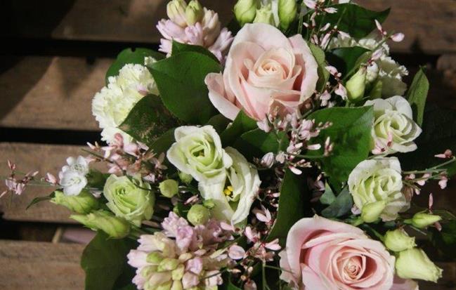 Bouquet de fleurs mars